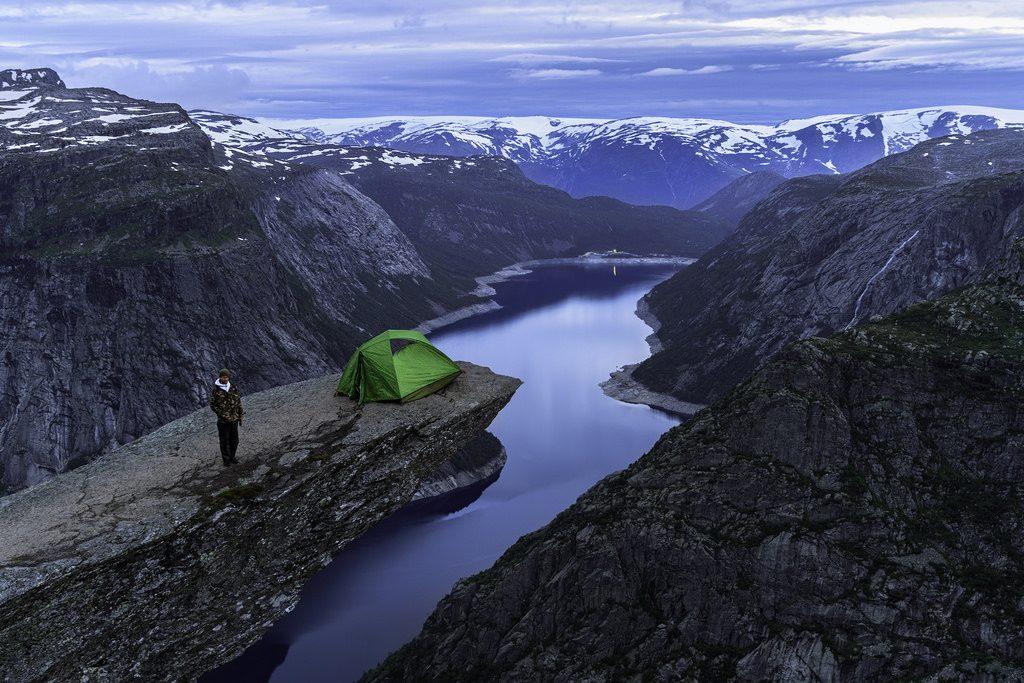 wildkamperen, trolltunga, noorwegen