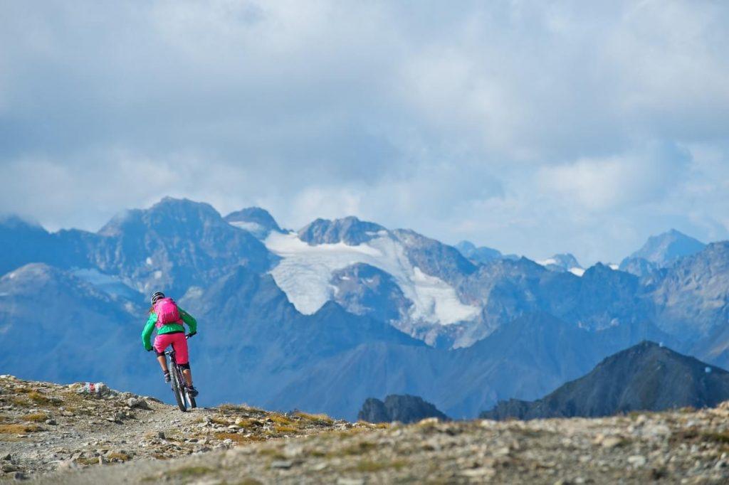 Mountainbike op de top