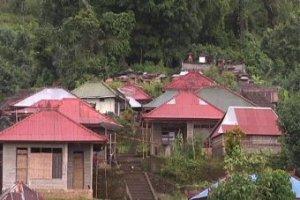 Het dorpje 'Ban' op de flanken van de vulkaan Gunang Agung