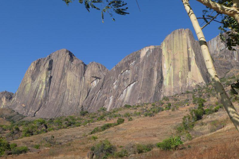tsaranoro massif