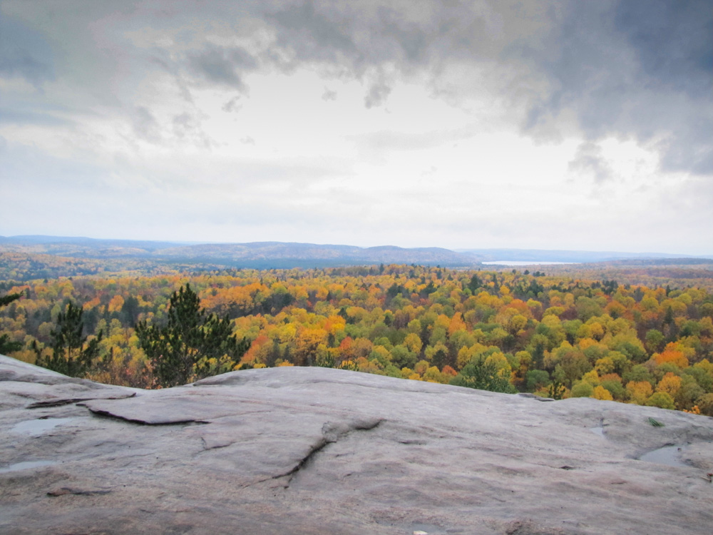 centennial ridges trail in algonquin provincial park