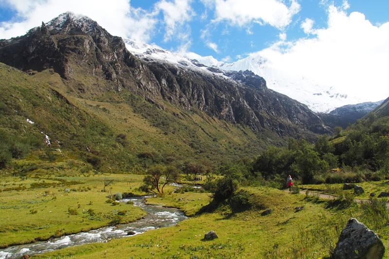 Hike Andes Peru