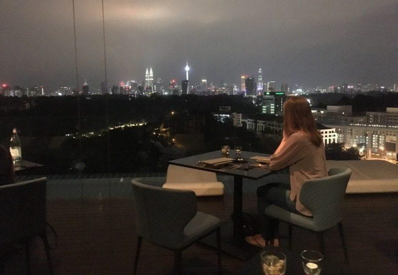 Bizar uitzicht - Restaurant Babe- Kuala Lumpur