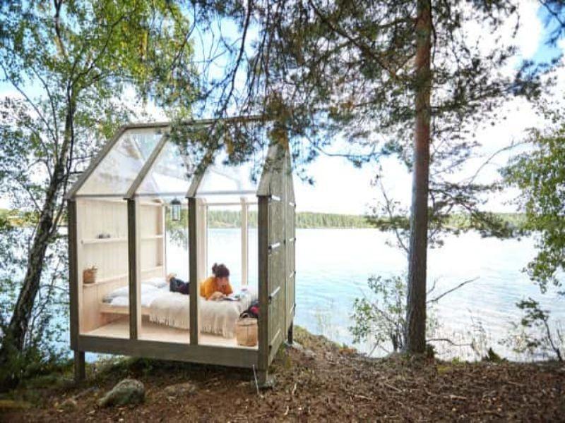 Droomhuis middenin de natuur van Zweden.Foto credits: https://www.stenebynas.se/henriksholm/