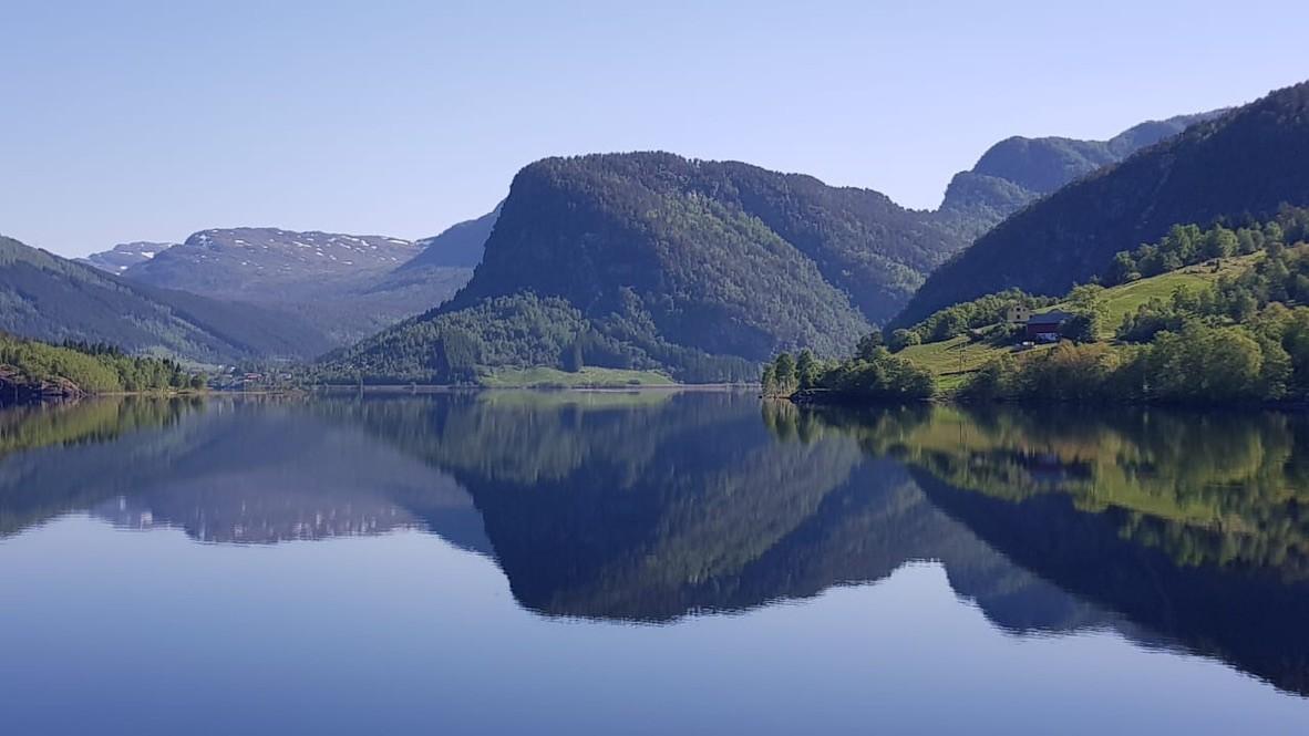Fjorden Noorwegen fietsen - Mountainreporters