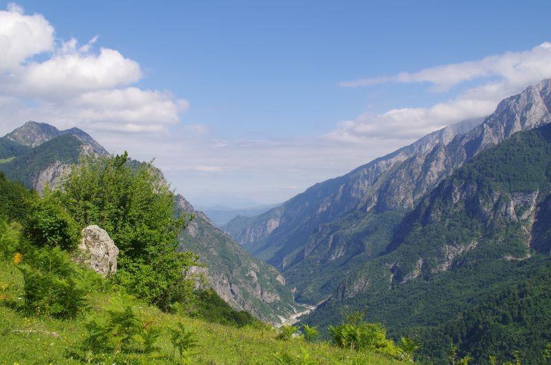 Uitzicht op de Valbona vallei