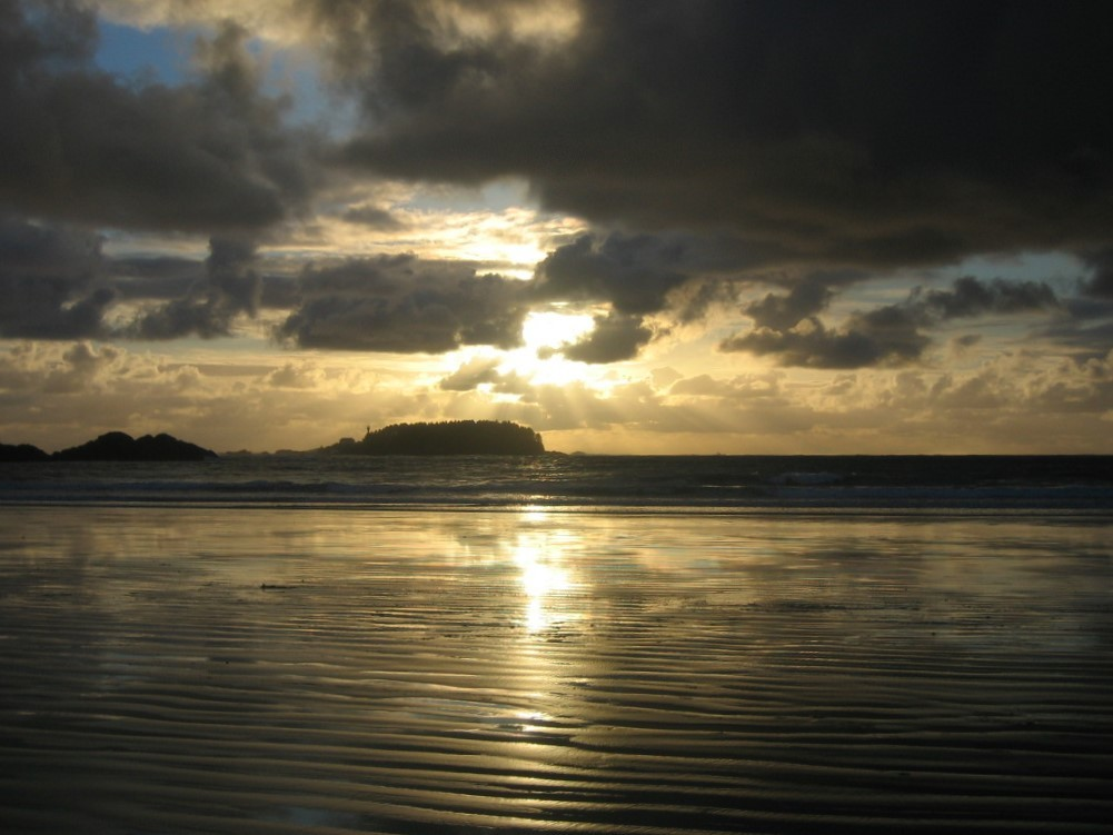 Zonsondergang op Chesterman Beach. Eigen foto: Noëlle Verhage
