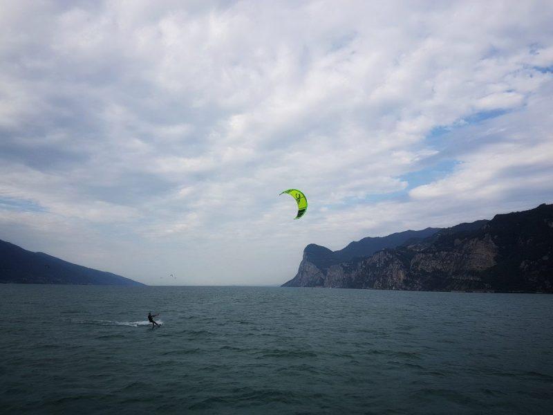 Kitesurfen op het Gardameer