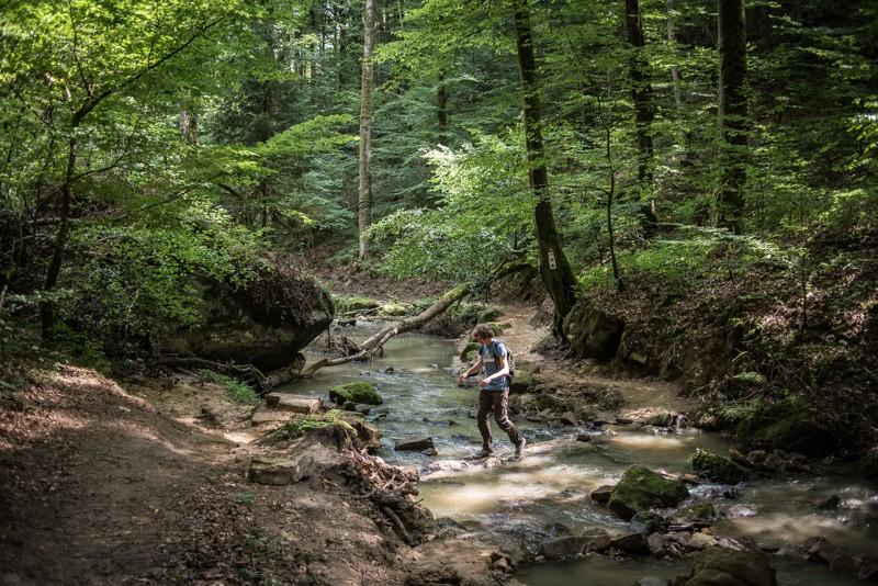 Over beekjes in mooie dalen | eigen foto: Manja Herrebrugh, Mountainreporters