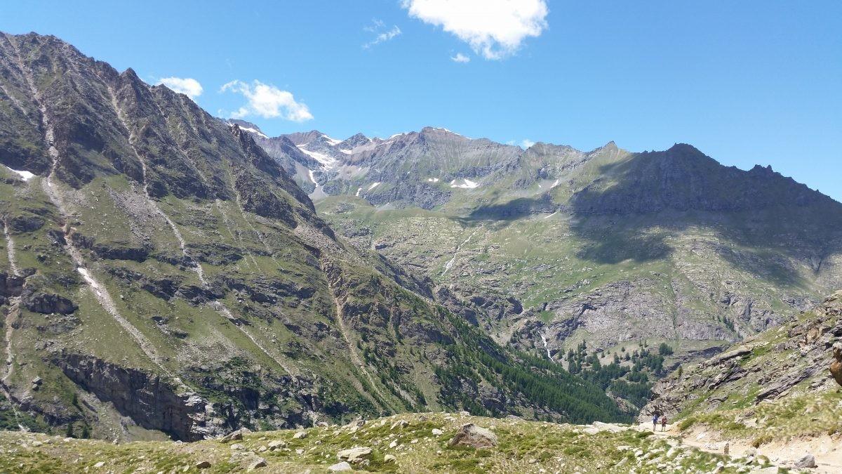 Uitzicht onderweg naar rifugio Vittorio Emanuelle II.