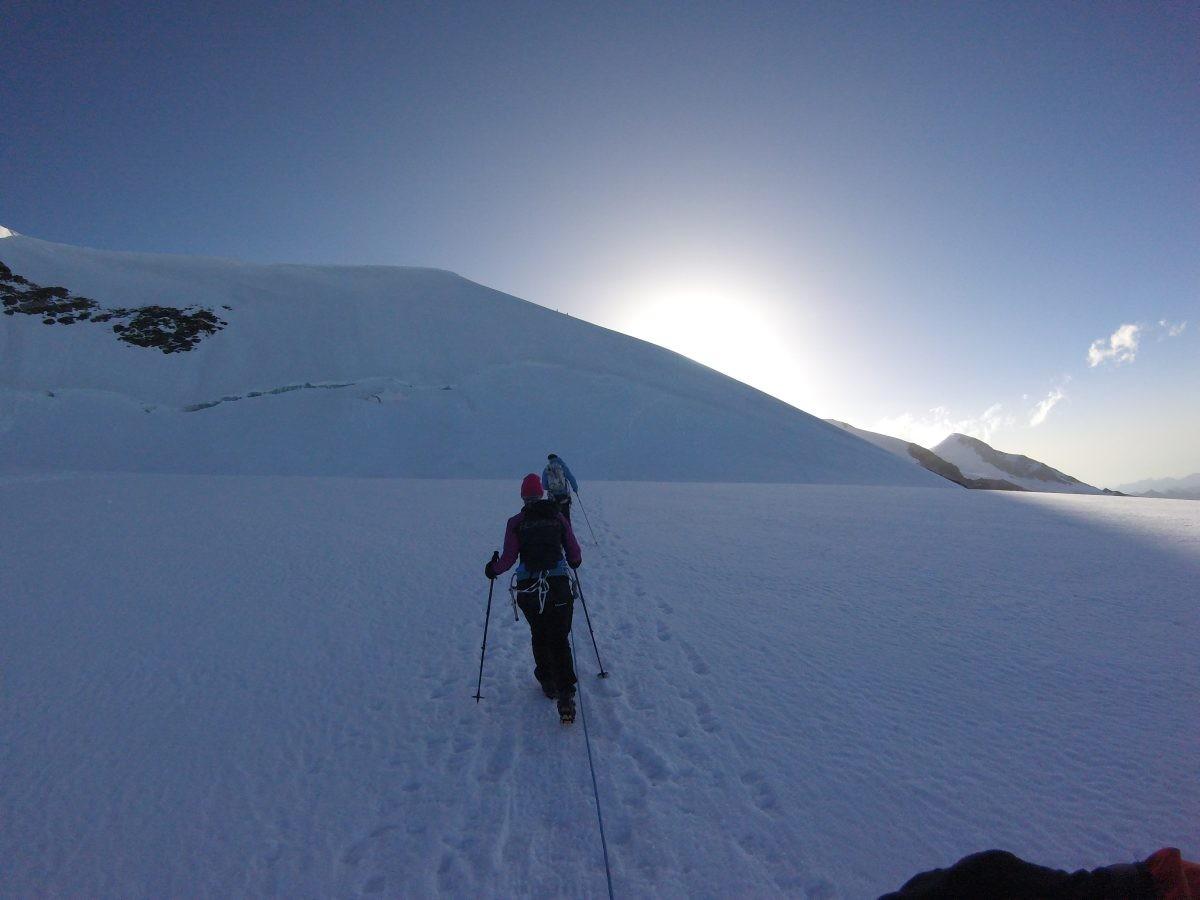 Op de gletsjer onderweg naar de Castore.