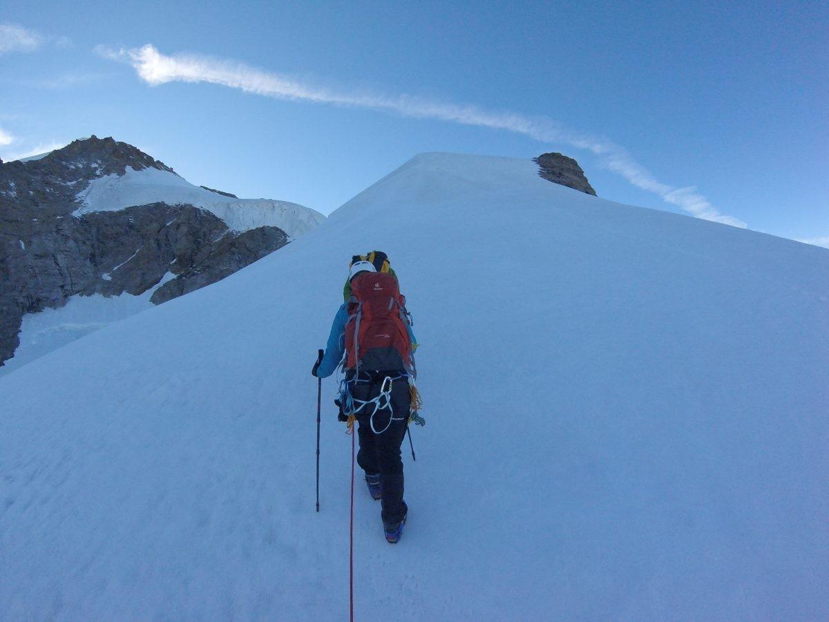 Onderweg naar de Gran Paradiso even een slijl stukje klimmen.