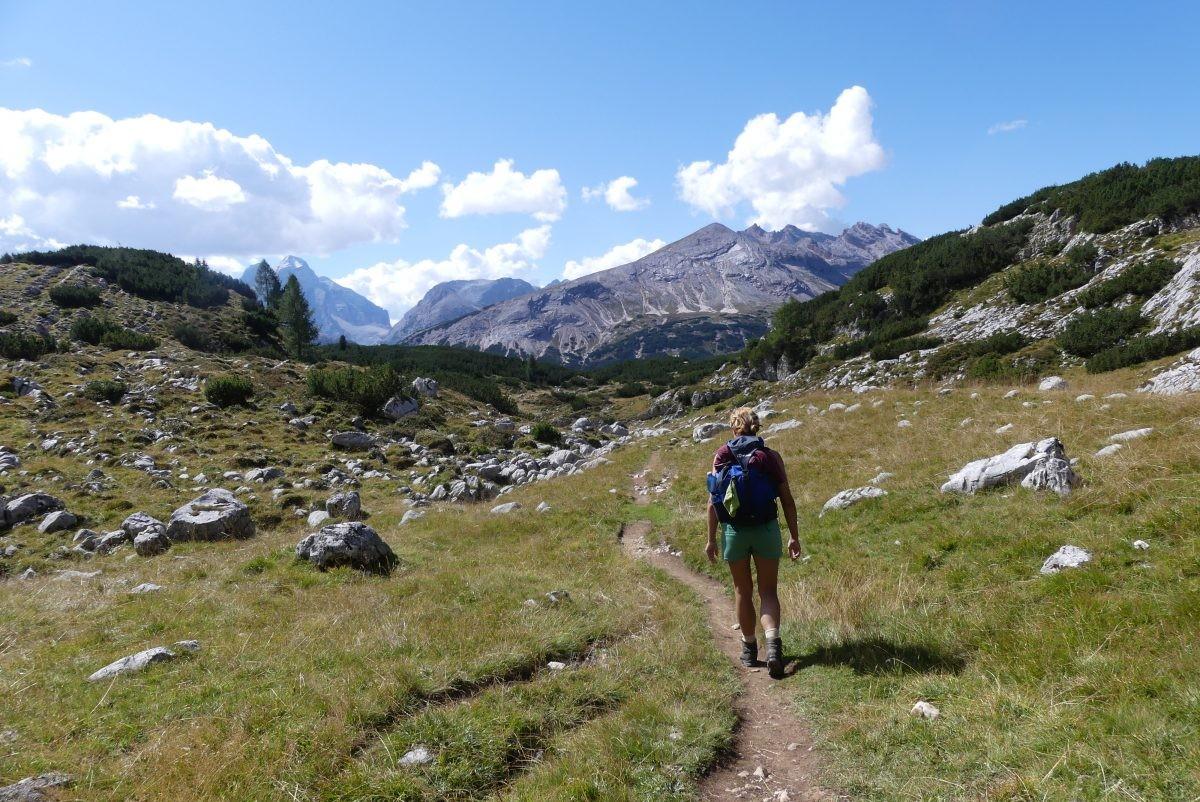 Een korte, eenvoudige wandeling op dag drie van rifugio Biella naar Malga Ra Stua