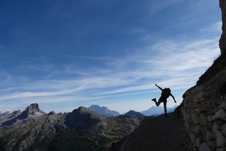Afdalen in de Dolomieten naar Passa Falzarego