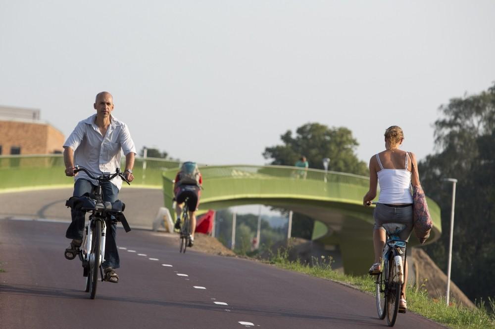 De snelfietsroute tussen Arnhem en Nijmegen. Foto: Bas de Meijer.