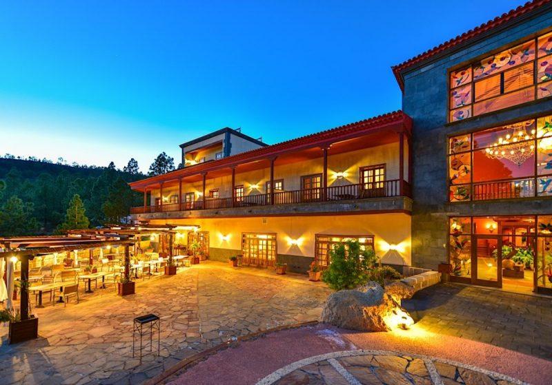 Het prachtig gelegen Hotel Villalba. Foto: www.hotelvillalba.com