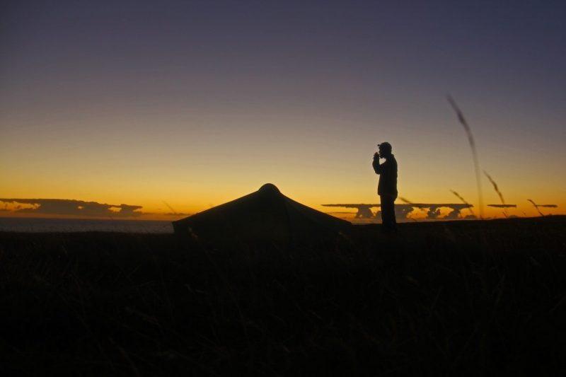 Met een zonsopgang smaakt koffie het beste. Foto: Erwin Zantinga