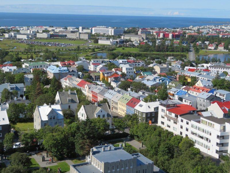 Uitzicht over Reykjavik