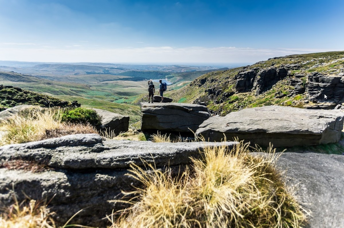 Vanuit de Engelse heuvels heb je mooi overzicht over het achterland