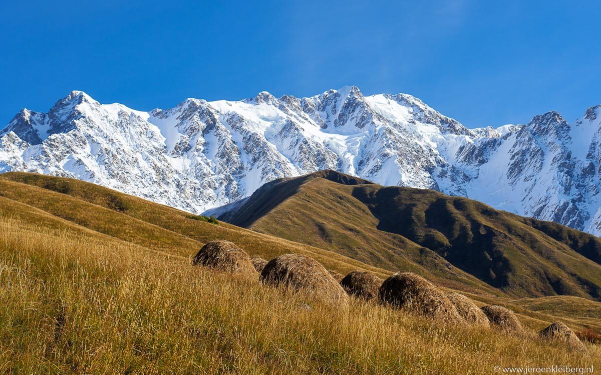Shkhara in de kaukasus