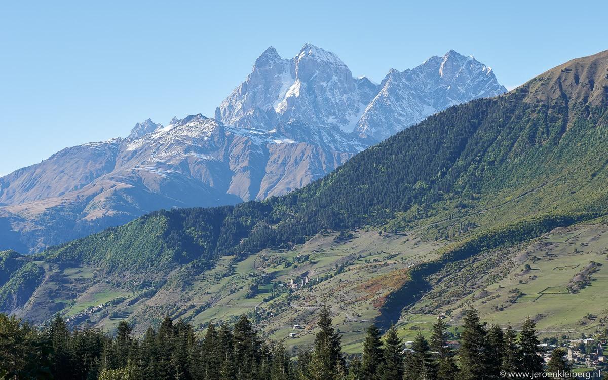matterhorn van de kaukasus ushba