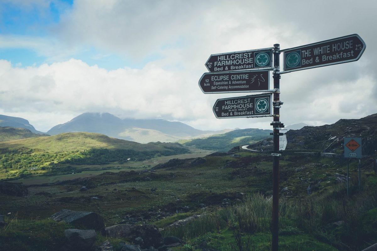Rij tijdens je reis één van de allermooiste routes ter wereld: de Ring of Kerry - Foto: PHAROS REIZEN