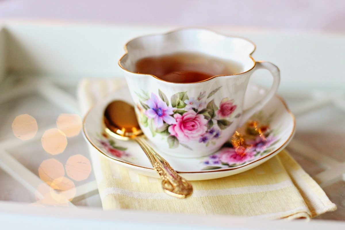 Drink je Afternoon Tea uit typisch Engels theeservies - Foto: PHAROS REIZEN