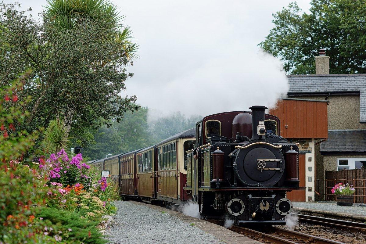 Neem de trein met de oudste nog bestaande spoorwegmaatschappij ter wereld, de Ffestiniog Railway - Foto: PHAROS REIZEN
