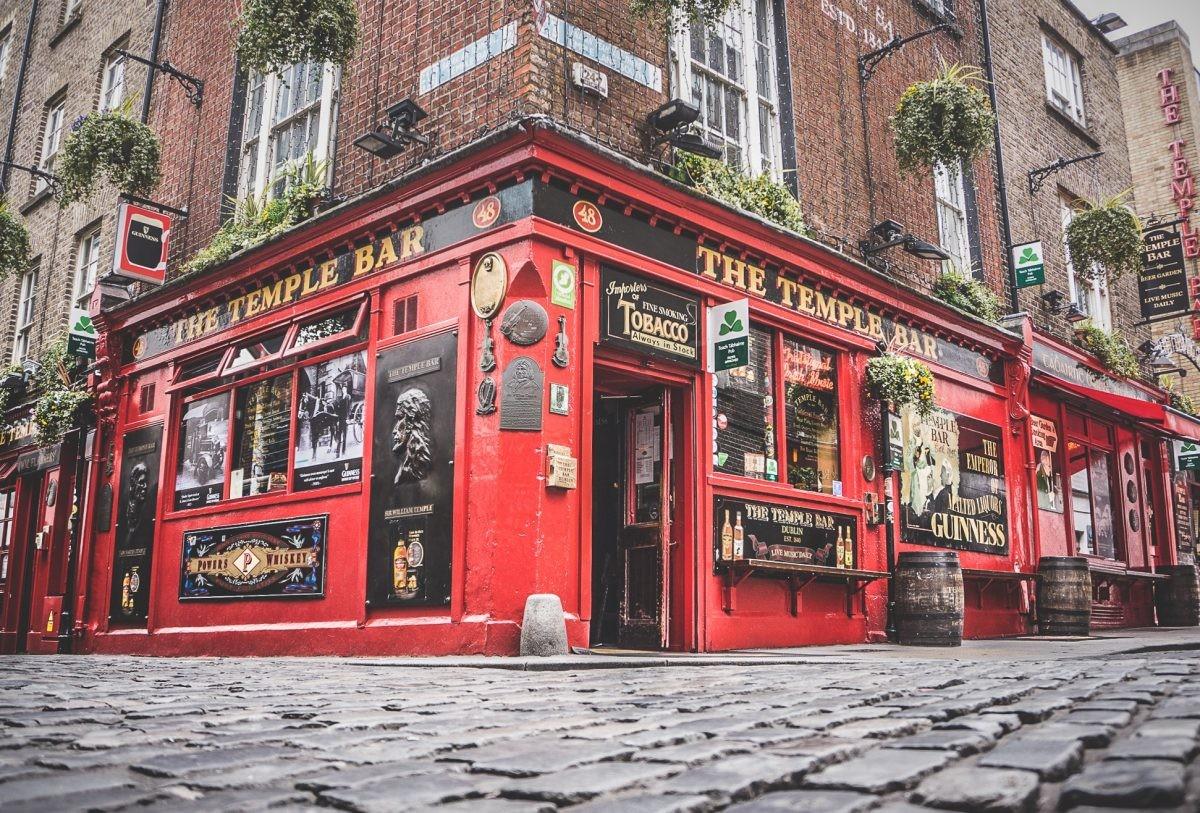Je hebt Dublin niet bezocht zonder een bezoek aan een typische pub! - Pharos Reizen