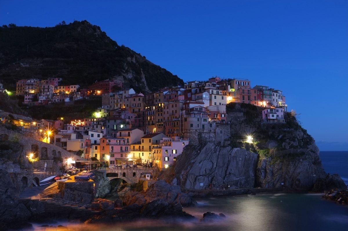 Prachtig Cinque Terre in het avondlicht - Foto: PHAROS REIZEN