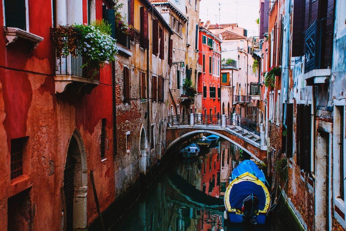Toeristisch, maar niet voor niets: Venetië mag niet aan je reis ontbreken - Foto: PHAROS REIZEN