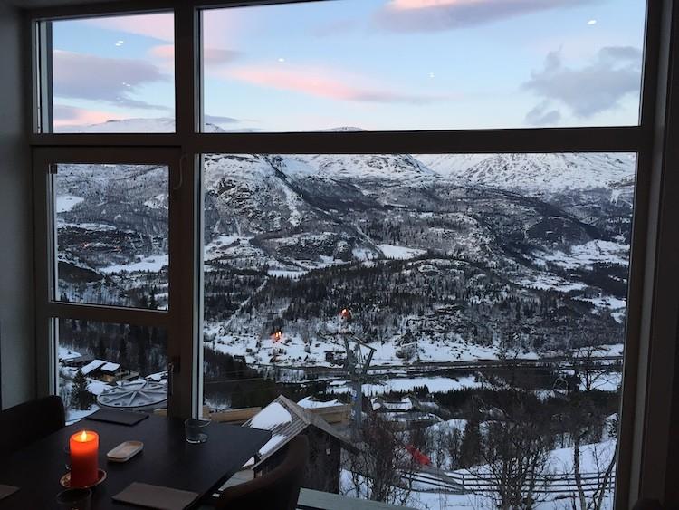 Diner with a view in Hemsedal Noorwegen