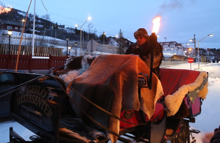 Warme dekens en een fakkel, sfeertje in Geilo Noorwegen