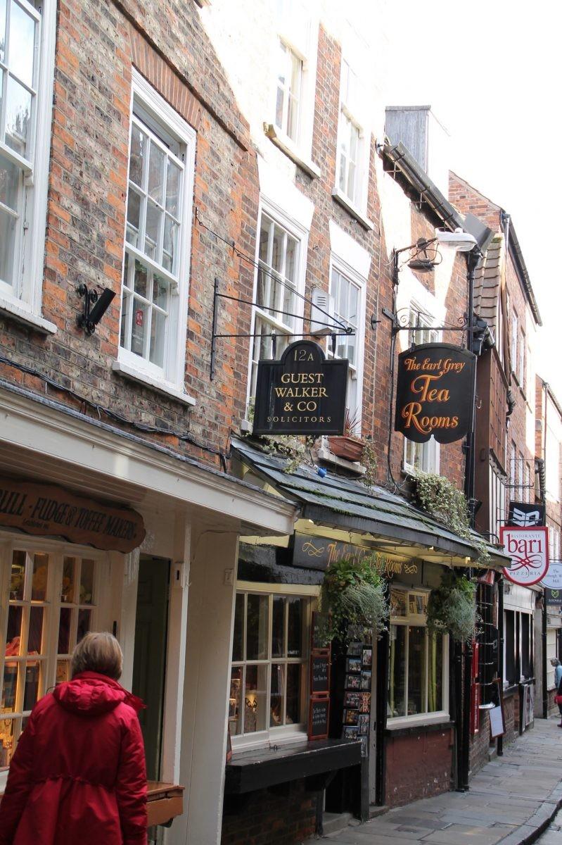 Wordt het winkelen of naar een restaurant in York? Of gewoon allebei? - Foto: PHAROS REIZEN