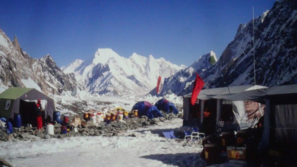 Leven in het kamp bij de K2