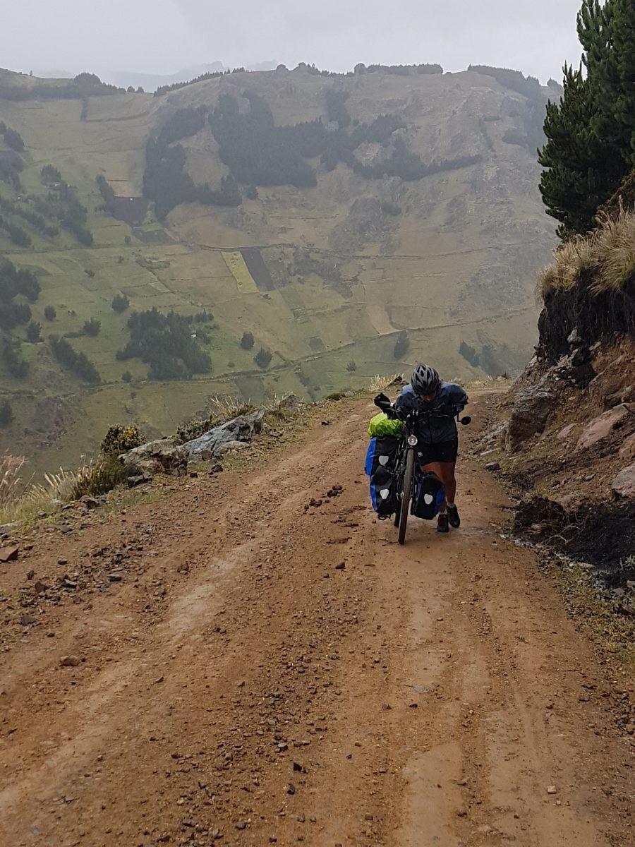 steile hellingen, ecuador, De Avenue der Vulkanen