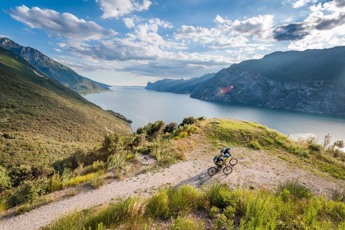 Mountainbiken bij het Gardameer is prachtig © Fototeca Trentino Sviluppo S.p.A. - R. Kiaulehn