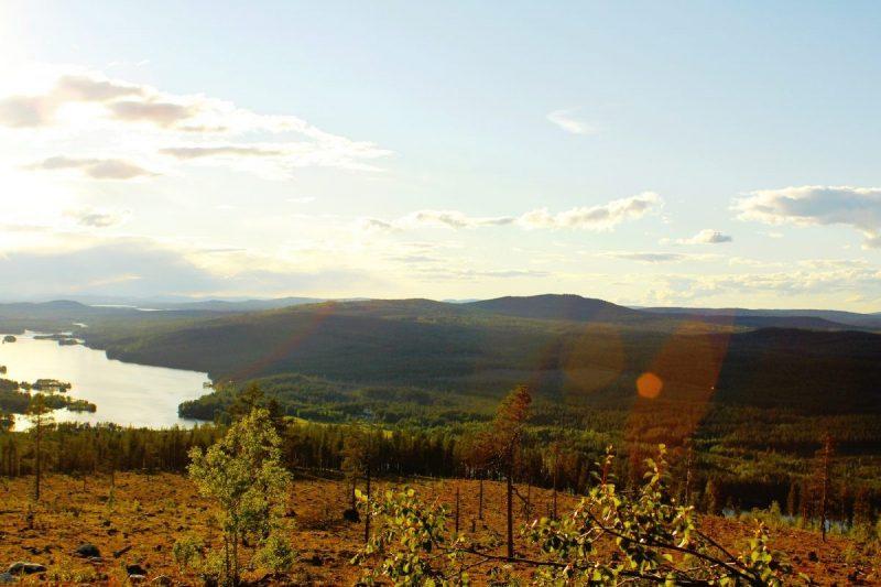 Een barbeque met uitzicht over Sami dorp Jokkmokk is natuurlijk subliem