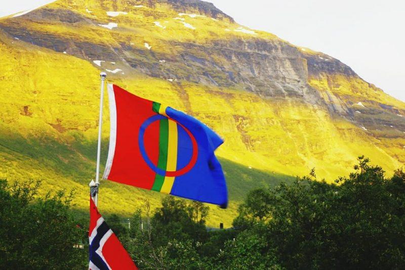De Sami vlag