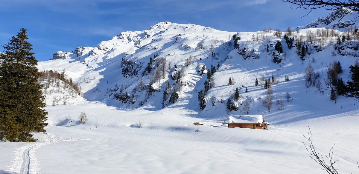Op de sneeuwschoenen door de maagdelijke sneeuw in het Raurisdal. Foto: Sietske Mensing