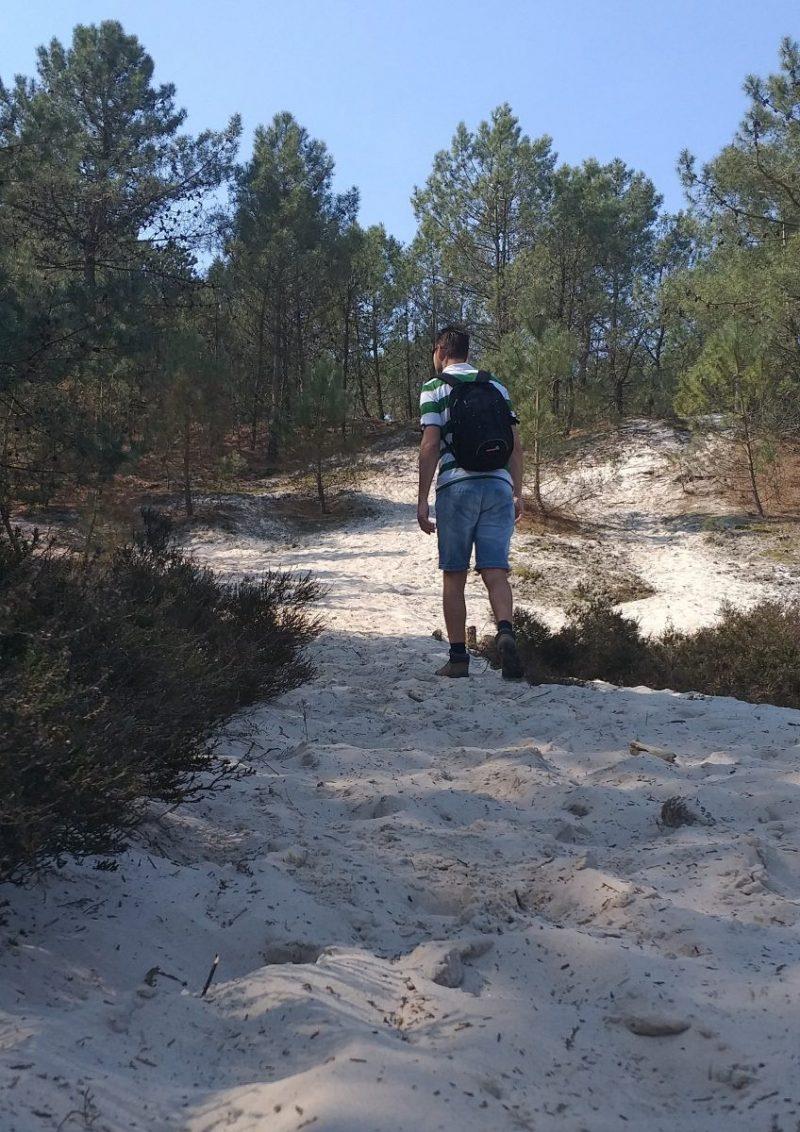 Grote stukken met mul zand