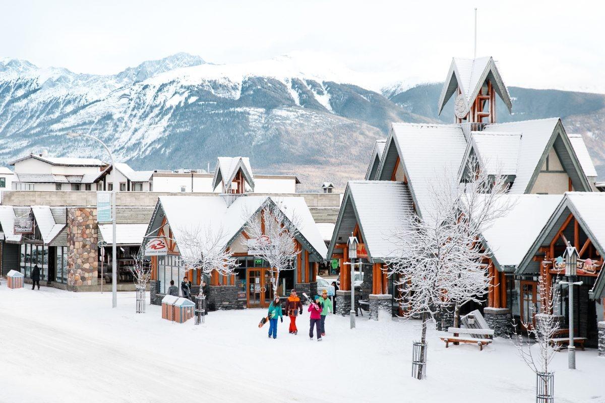Na het skiën kun je terecht in het gezellige dorp. Foto: MIKE SEEHAGEL