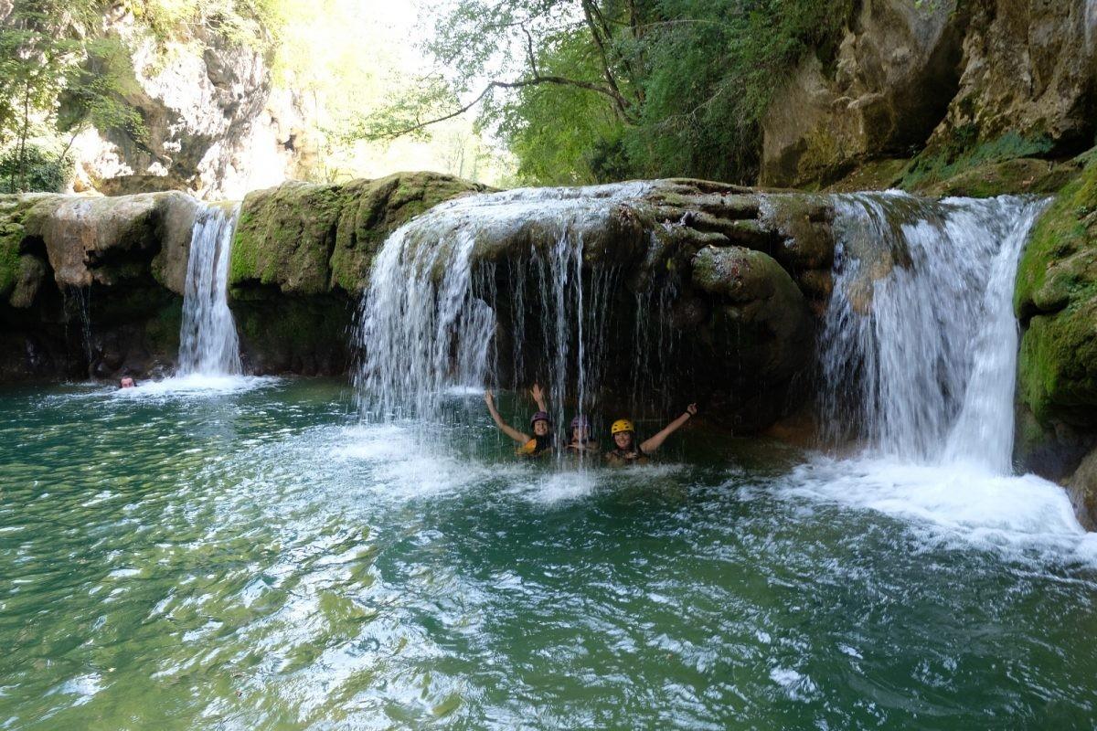 Genoeg watervallen te zien. Foto Frank van der Vleuten