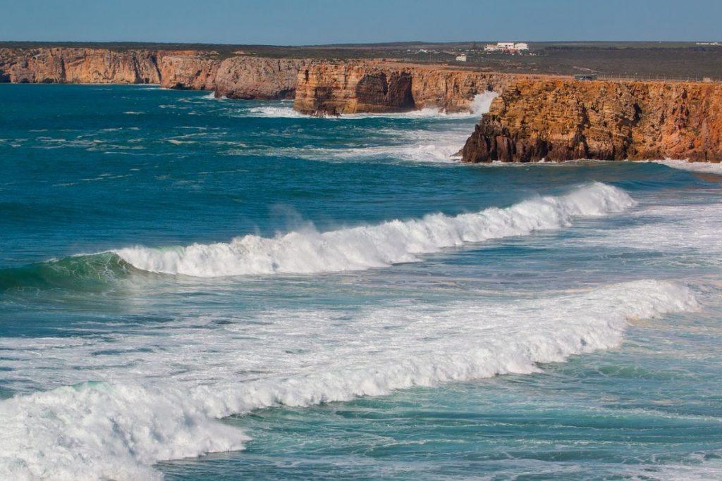 De prachtige kust van de Algarve