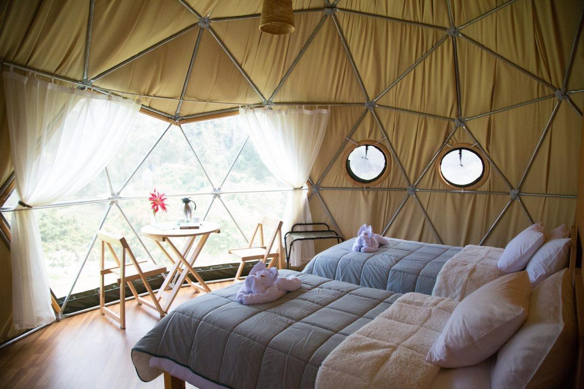 Glamping? Dit is een sjieke hotelkamer, maar dan met uitzicht - credits Peru Ecocamp