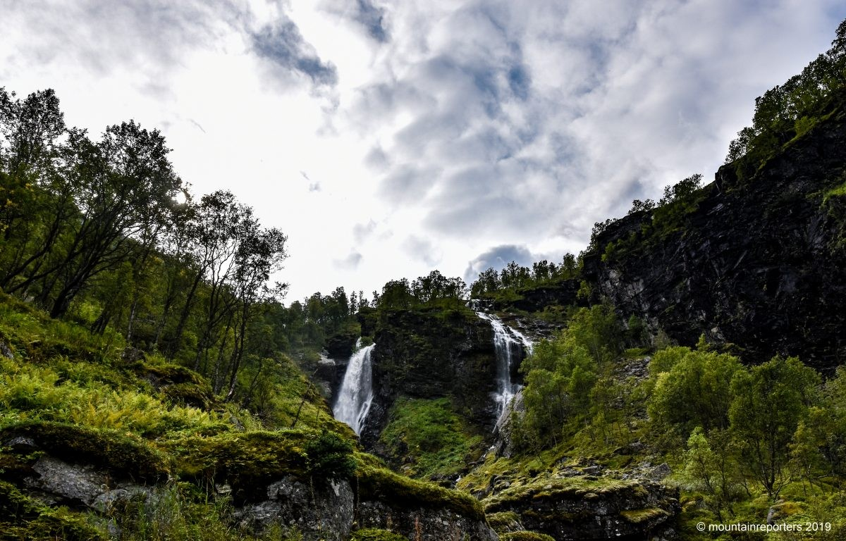 Waterval langs de Rallervegen