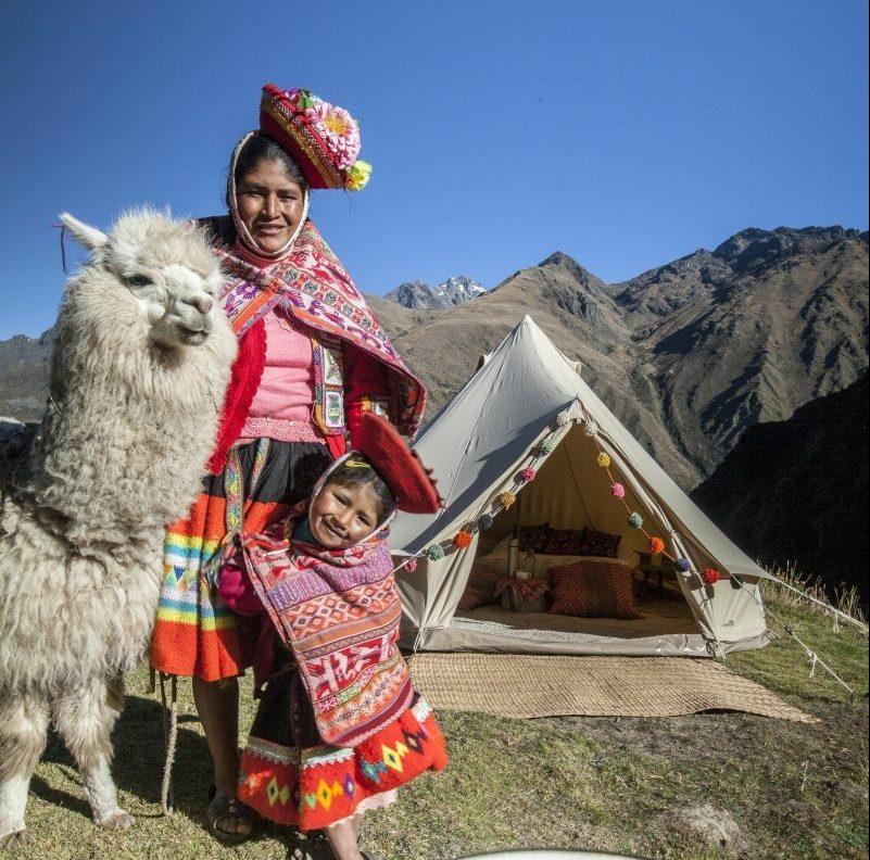 Logeren in een luxe tent bij een Peruaans gastgezin - credits: Qhispikay Sustainable Glamping