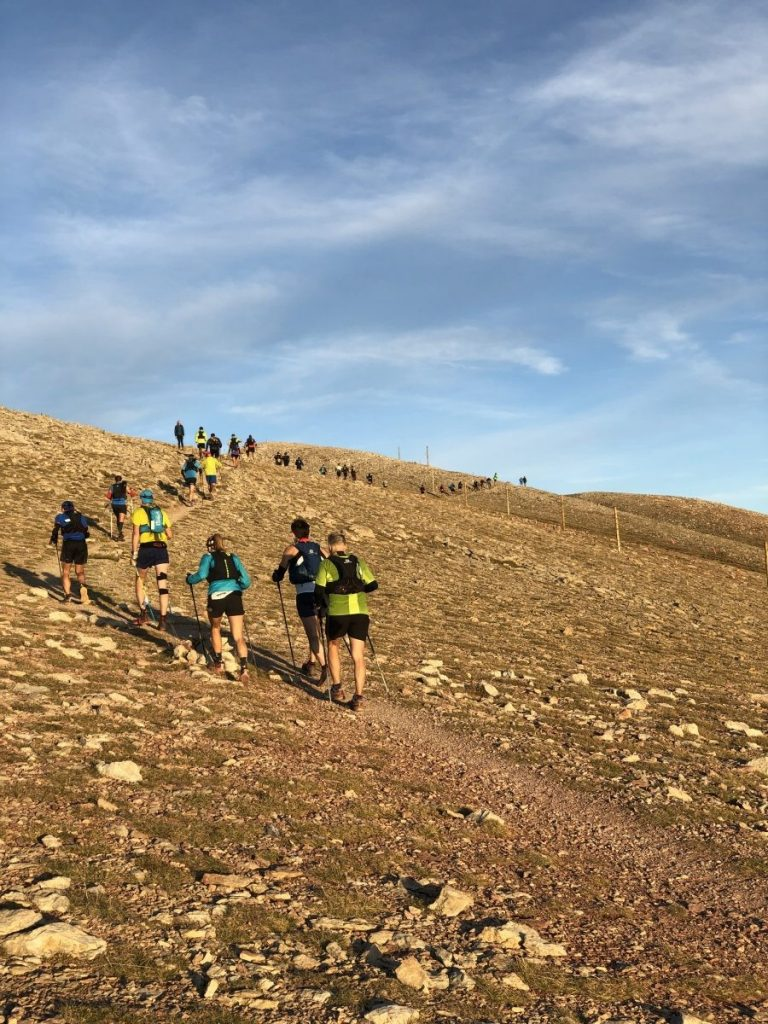 Wat een klim voor de trailrunners