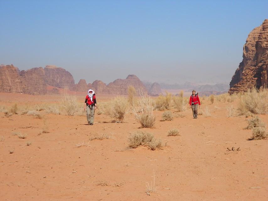 De uitgestrekte woestijn van Jordanië. Foto: Anje van der Heide
