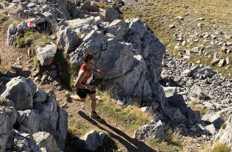 Urenlang rennen de athleten door de Catalaanse Pyreneeën   Fotocredits: Peter de Vries